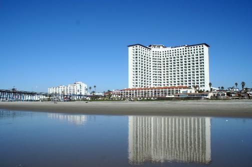 Rosarito Beach Hotel >> Robert Redford Stars As Perfect Guest At Rosarito Beach Hotel