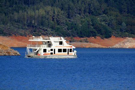 Shasta-houseboat_34941
